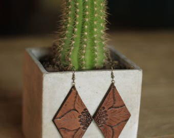 Denise Sunflower Natural Earrings | Leather Earrings | Birthday Gift | Anniversary | Gifts under 25 | Handmade | Gifts for Her