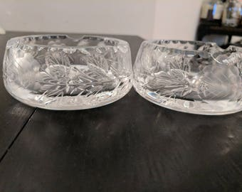 Vintage pressed glass ashtrays, set of 2