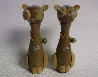 Mid Century Modern Norcrest Wooden Cats Salt and Pepper Shakers