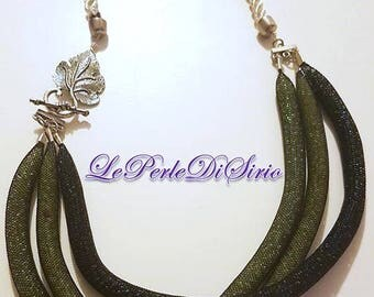 """Green weaving"" necklace"