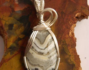 Crazy Lace Agate Wire Wrapped Pendant - Grey Crazy Lace Agate Stone Pendant - Wire Wrapped Necklace - Crazy Lace Agate Necklace
