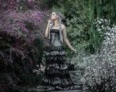Steampunk wedding dress - Gothic wedding - Ruffled long skirt and corset - Grey and black taffeta and silk chiffon wedding dress - Victorian