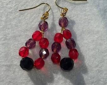 Earrings with beading, purple earrings, red earrings, black earrings, fashion earrings, stylish earrings, women's fashion