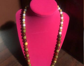 Pearl Oasis necklace casual wear