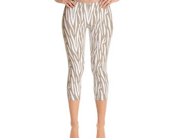 Animal Skin-Capri Leggings, USA, printful