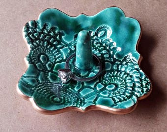 Ceramic Ring Holder Dish Malachite Green lace edged in gold ring holder