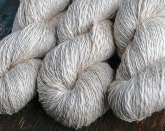 Linen mix yarn -- cream
