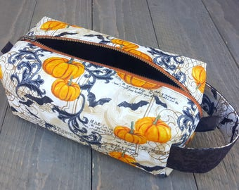 Boxy Zippered Bag -- Halloween -- Makeup -- Project -- Toiletries -- Dopp Kit -- Clutch