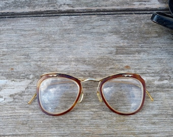 Vintage 1940/1950s gold plated and faux tortoise eyeglasses with box