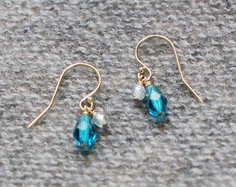 yael - blue teardrop earrings