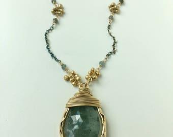 Teardrop Groove Necklace with Raw Diamonds