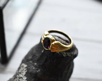 Purple Glass Facet Stone Ring- Gold Purple Stone Ring Vintage- GoldPlated Vintage Ring- Size 8