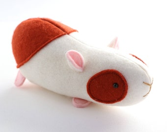 Elliot Guinea pig pattern,  toy guinea pig, plush hamster PDF, guinea pig PDF, easy guinea pig PDF, guinea pig softie, cavy sewing pattern,