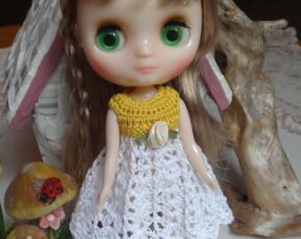 Crochet Dress Flared Skirt for 8 inch 20cm Blythe Middie doll Bright Yellow White Ribbon Rose