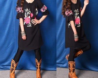 Free Shipping SALE Frida- embroidered boho tunic dress / cotton off shoulder tunic / summer dress / black floral cotton travel dress (Q997z)