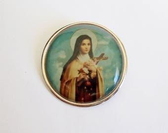 Saint Therese Brooch - Kitsch Religious Icon Badge - Nun with Flowers
