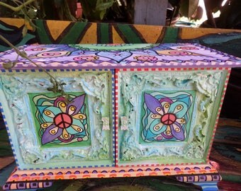 Hippie Box, Hippie Jewelry Box, Mandala box, Stash box, Hippie Art, Peace Love, Painted box, secret box, Singleton art, jewelry chest