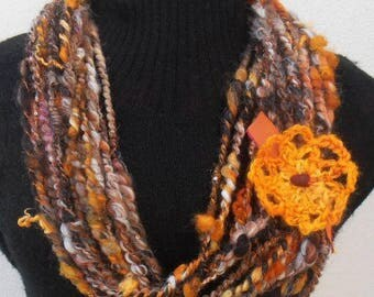 Automne: art yarn necklace