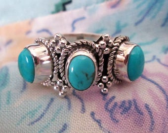 RING  - TRIPLE - Turquoise -  925  - Sterling Silver - Vintage - Size 7 3/4 Turquoise266