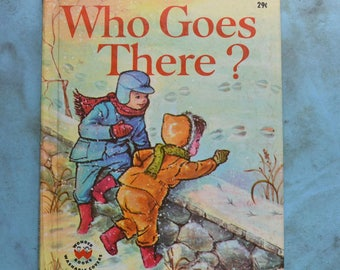 Vintage Who Goes There? Wonder Book 1961 Animal Tracks