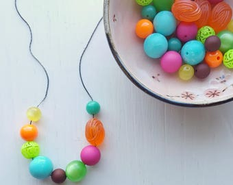she is electric - necklace - vintage lucite - neon colors - bright colour - orange fuchsia lime