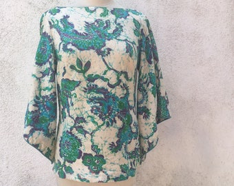 Vintage Seventies l/s Batik Top With Dragon and floral print, made in Hawaii s/m