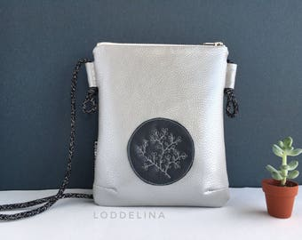 Crossbody bag small zipper purse in pearl grey vegan leather with floral embroidery