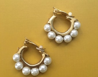 Chunky Vintage Gold-Tone Pearly Beaded Clip-On Earrings