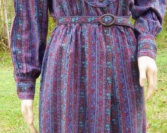 Vintage 1970s Tapestry Print Day Dress Fall Winter Secretary Dress