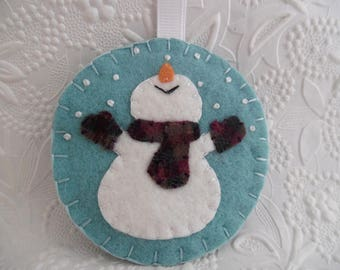 Felt Snowman Ornament Wool Primitive Scarf Mittens Penny Rug Christmas Tree Decoration