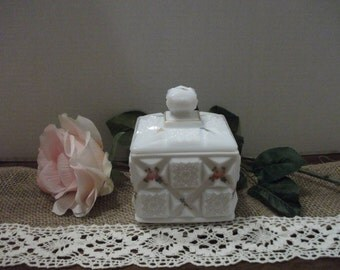 Vintage Westmoreland Milk Glass Painted Box with Lid