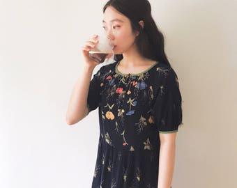 Meadow flowers, cotton summer vintage dress, Japan, M - L