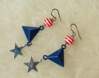 Dangling Stars - Surgical Steel / Niobium / Titanium Hypoallergenic Earrings for Sensitive Ears - Nickel Free by Pretty Sensitive Ears