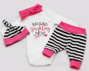 Brand SPARKLING New, Newborn Coming Home Outfit, baby girl, baby shower gift,- Jersey knit Leggings, Knot Hat, headband and Shirt
