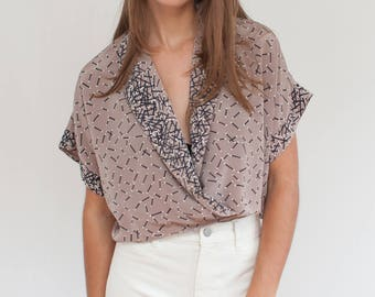 Matchstick cropped blouse - novelty print crossover blouse - M