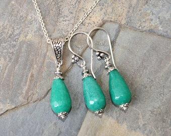 Aqua Jewelry Set, Jade Jewelry Set, Stone Jewelry Set, Silver Necklace, Modern Jewelry Set, Blue Green Jewelry Set, Beaded Jewelry Set