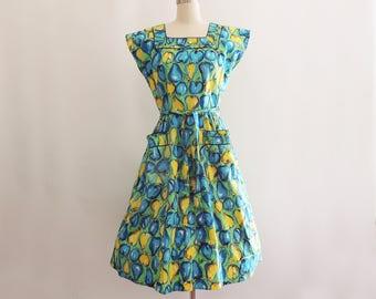 1950s Novelty Pint Swirl Wrap Dress // Pear and Apple Print Dress // Vintage Cotton Wrap Dress // Novelty Print Dress // Fruit Print Dress