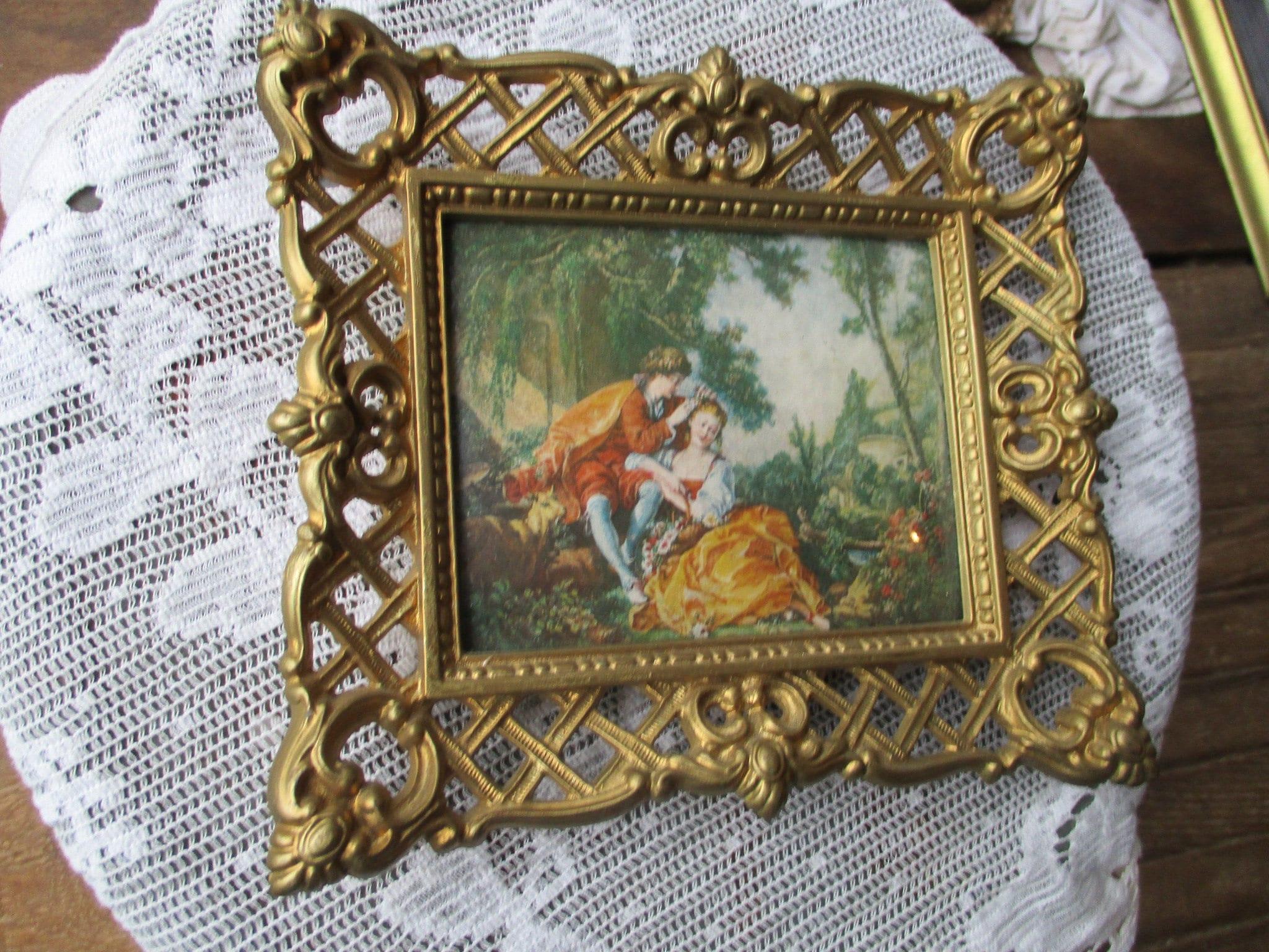 Vtg gold tone ornate syroco style framed young couple outdoor zoom jeuxipadfo Images