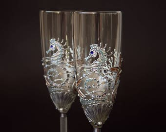 Beach Wedding Glasses, Seahorse Starfish Glasses, Champagne Glasses, Hand Painted, Set of 2