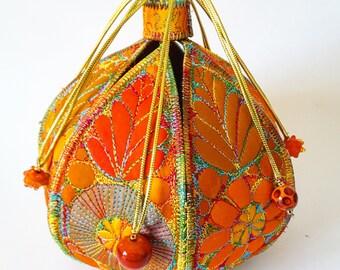 Textile Treasure Pod, Textile Pod, Textile Box, Free Machine Embroidery, Art Fibre, Art Textiles, Fibre Arts