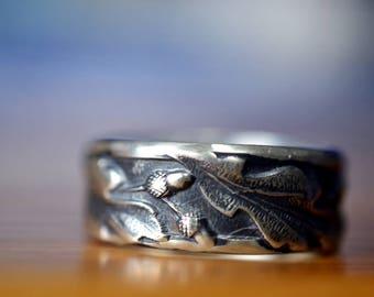 Druid Wedding Band, Silver Oak Leaf & Acorn Ring, Mens Oxidized or Shiny Band, Woodland Tree Pagan Jewelry, Custom Engraving