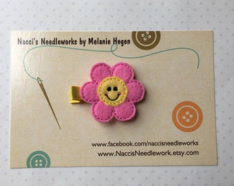 Felt Hair Clips- Smiling Pink and Yellow Daisy Flower Hair Clip