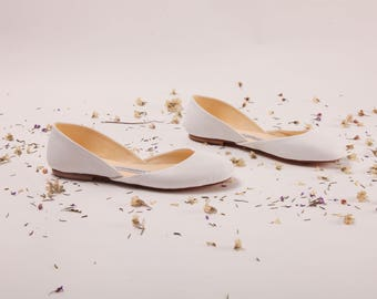 Bridal Ballet Flats | Ballerina Flats | Dance Shoes | Wedding Shoes in Creamy White | Light Ivory | Made to Order