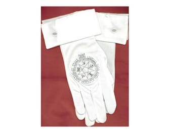 White gloves for your Hellsing Cosplay. Alucard, Alexander Anderson, Sir Integra, Seras Victoria. With or without Cuffs!