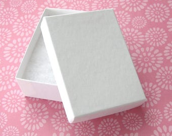 Matte White Cotton Filled Jewelry Boxes High Quality 100% Recycled 3 1/8 x 2 1/4 x 1 inch - 10 Medium