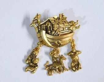 Avon Noah's Ark Charm Pin, Goldtone ~~  New In Box