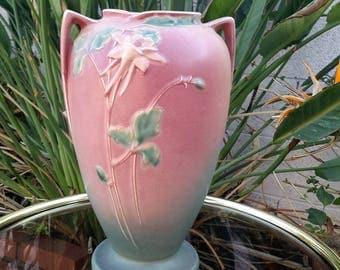 Roseville Pottery Columbine Vase Design 23-10 Floral Leaf Arrangement Shaded Background In Pink 1940's