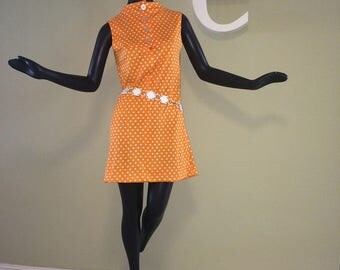 MOD Vintage 60s Mini Dress 1960s Scooter Go Go GoGo Shift Dress Hippie Boho Twiggy Orange & White Polka Dot Polkadot Sleeveless Summer SM MD