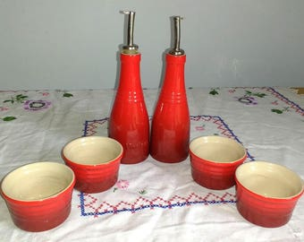 Le Creuset Set Red Stoneware Tiny Bowls Ramekins Bowl Cup Set Red Kitchen Retro