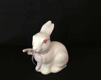 Vintage Lefton Ceramic White Rabbit EKMY 04751